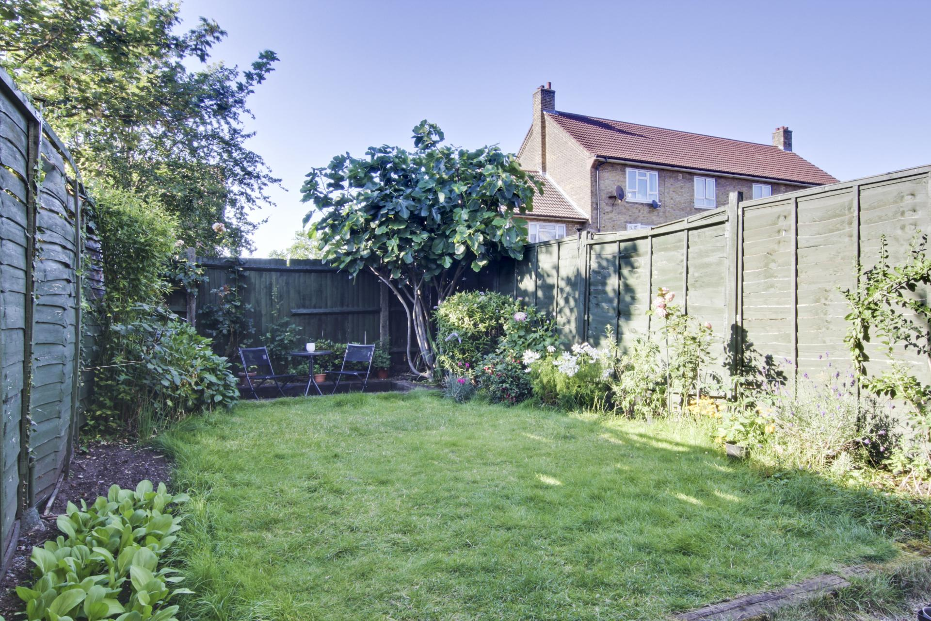 3 Bedroom House For Sale In Charlton