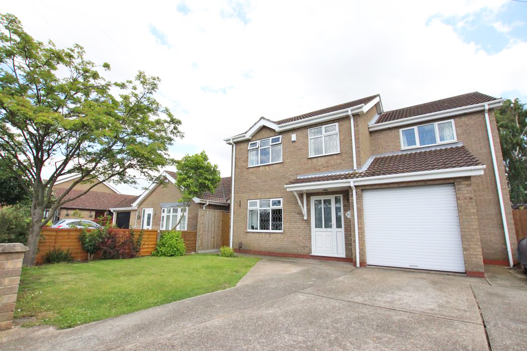 4 Bedrooms Detached House for sale in WOODLANDS AVENUE, IMMINGHAM