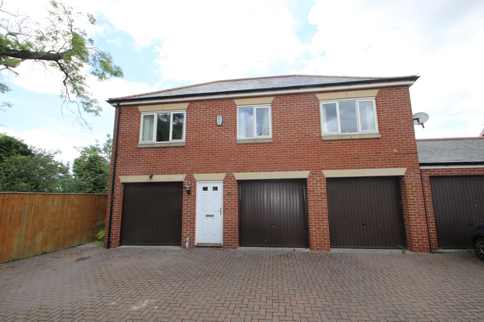 2 Bedrooms Flat for sale in OSPREY DRIVE, GRIMSBY