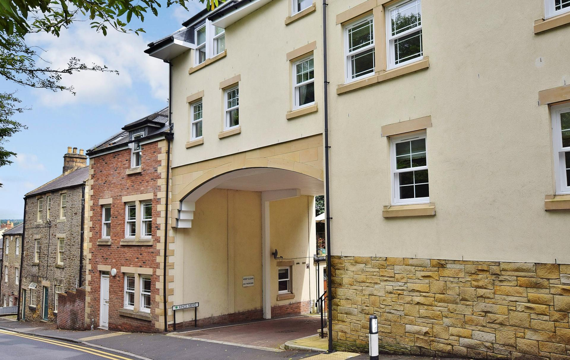 2 Bedrooms Studio Flat for sale in Kings Mews, Hexham
