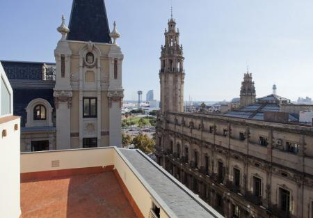 Building for sale in centre of Barcelona