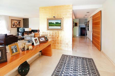 Spectacular mansion in the prestigious residential area of Can Teixidor, El Masnou, Barcelona