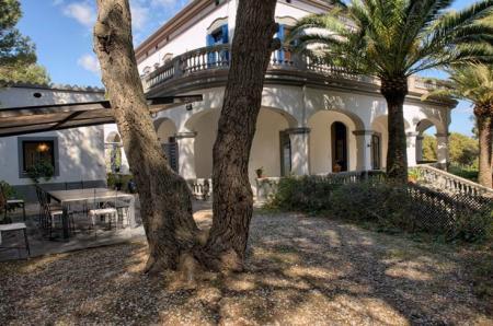 Colonial mansion in Pals, Costa Brava, Gerona