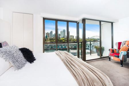 POTTS POINT - Penthouse Style Apartment