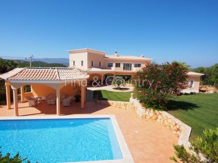 Alvor/Alcalar - Superb 4-bedroom villa with panoramic mountain views